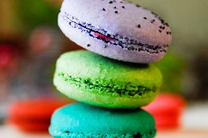 Cool Inspired Macarons