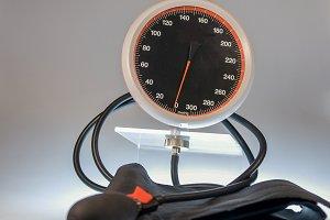Spygmomanometer
