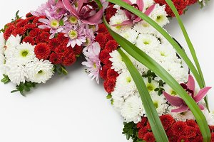 Floral cross tribute