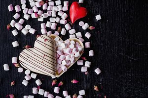 Chocolate heart with Marshmallows