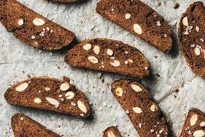 Dark chocolate & sea salt Biscotti