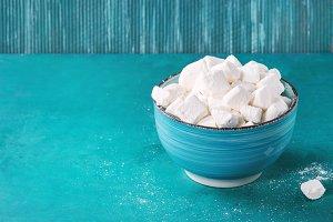 Homemade vanilla marshmallow