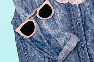 details Trendy Pink sunglasses