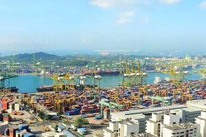 Singapore port.jpg