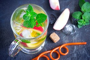 Peach sweet iced tea with mint closeup