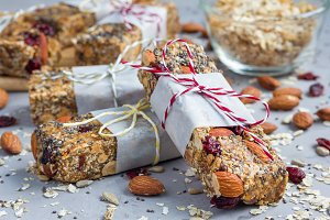 Granola bars with figs, oatmeal, almond, cranberry, chia, sunflower seeds