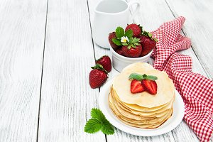 Pancakes with strawberries