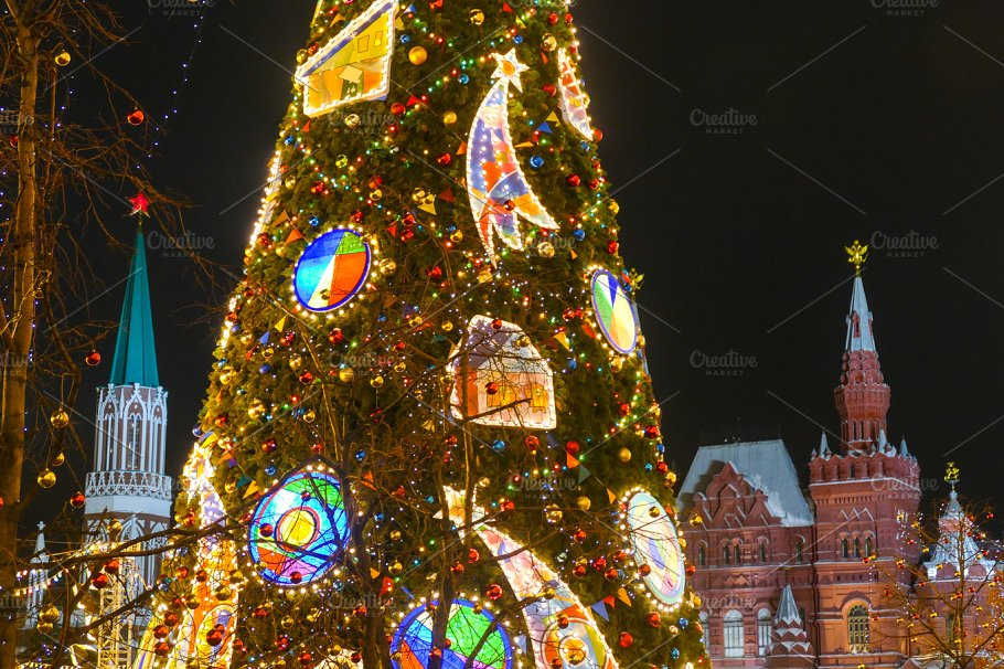 Russia Moscow Kremlin and Christmas decorations ~ Photos ~ Creative ...