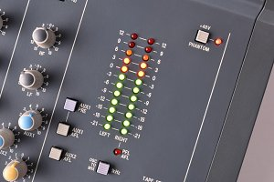 Digital vu-meter sound mixer top