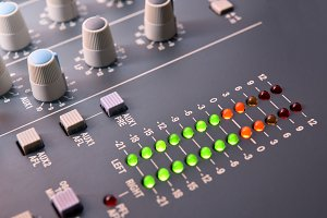 Digital vu-meter sound mixer