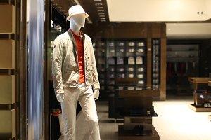 shop with men dressed mannequins