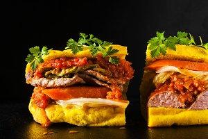 sandwich with sausage salamella