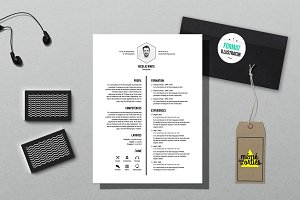 White - Resume template Illustrator