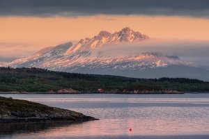 Evening on the island of Senja web