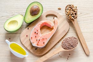 Food with unsaturated fats / omega-3