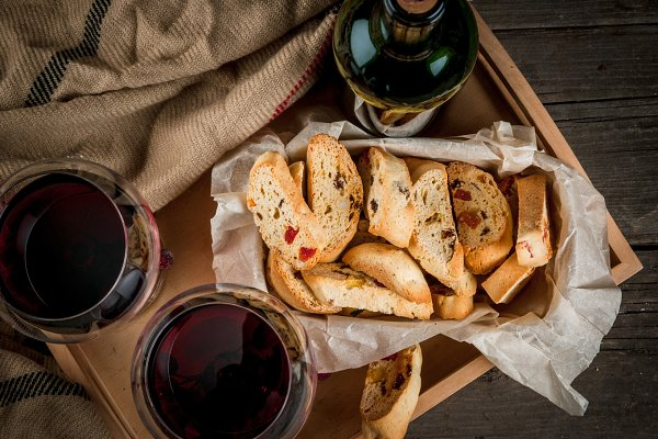 Tray with wine, pastries & blanket