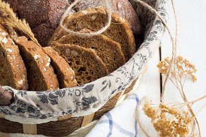 dried flowers and rye bread