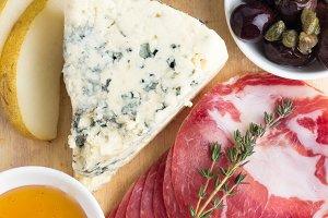 wine,blue cheese,jerky, honey