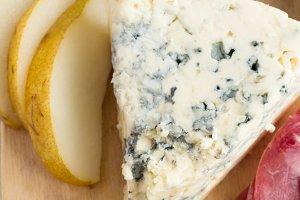 blue cheese,pear,honey,jerky