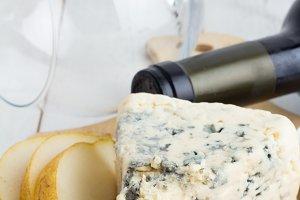 glass,cheese,pears closeup