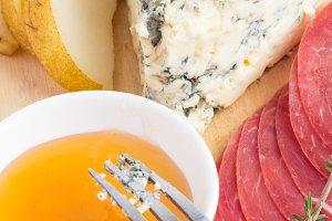 blue cheese,honey,fork closeup