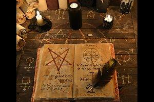 Occult 9