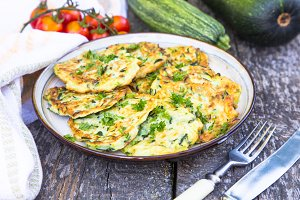 Squash and zucchini fritters