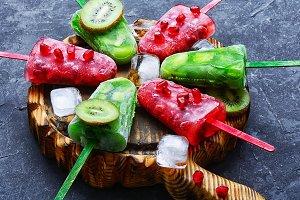ice cream with fruit