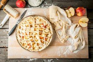 Cooking apple pie