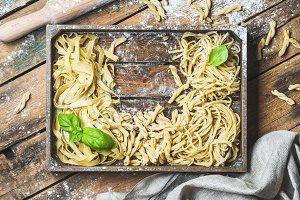 Various uncooked Italian pasta