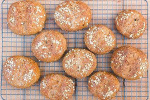 Whole grain bread rolls