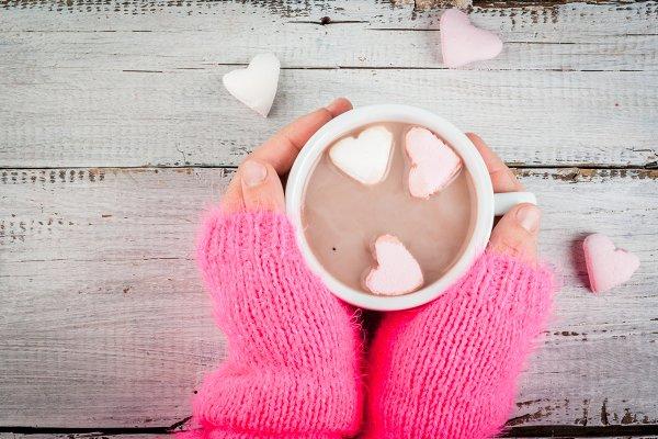 Hot choco with marshmallow's hearts
