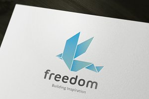 Freedom Build Logo