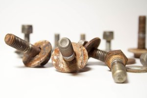 Placer rusty bolts