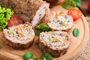 Meatloaf with mushrooms and carrots