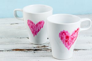 Coffee mugs with hearts
