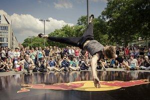 Breakdance Airflare