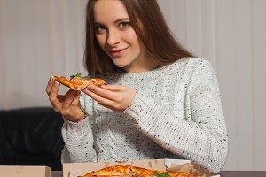 to taste pizza