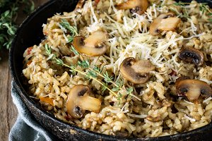 Mushroom risotto in iron skillet