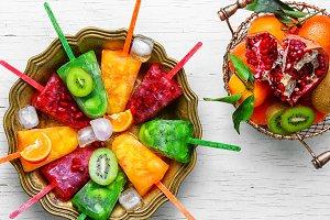 Summer ice cream with fruit