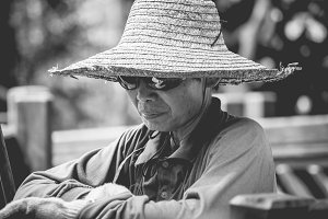 Old man - Straw hat
