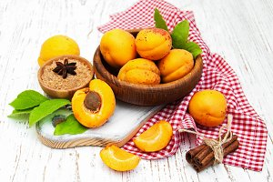 Bowl with fresh Apricots