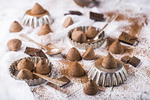 The sweet chocolate truffles