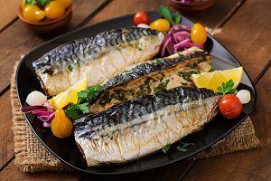 Baked mackerel with herbs