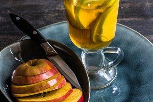 Apple cider drink