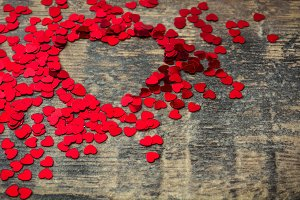Many confetti with heart shape