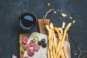 Grissini bread sticks & pork sausage