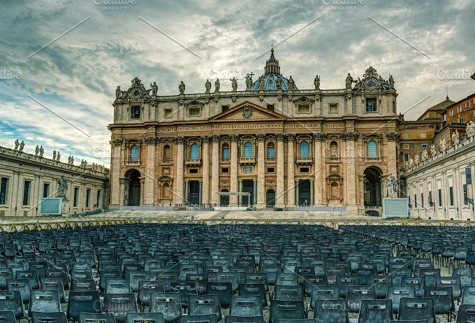 Basilica of St. Peter in Vatican - Architecture