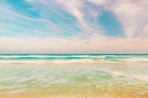 blurred sky, ocean and beach