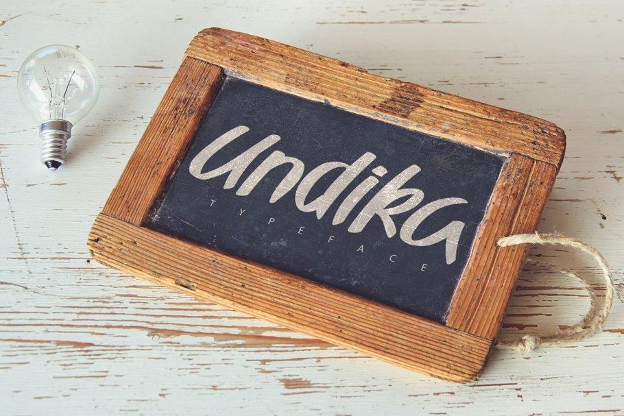 Undika Typeface